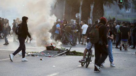 CHILE: Graves disturbios en Santiago  por aumento del pasaje del metro
