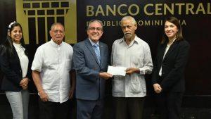 MOCA: Voluntariado BCRD dona RD$200,000 para drenaje pluvial