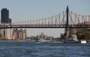 Un juez federal prohíbe la publicidad flotante en ríos NY