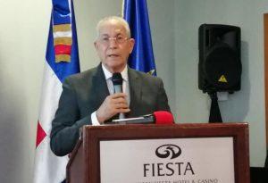 Embajador ve necesario promover emprendimiento jóvenes y mujeres