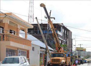 CABRERA: EDENORTE instala servicio de energía eléctrica de 24 horas