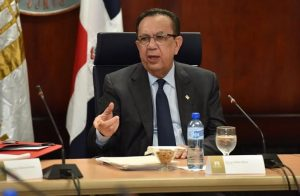 Gobernador Banco Central resalta economía RD en reuniones BM-FMI
