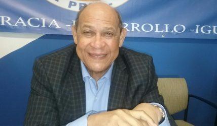 FILADELFIA: Rafael Santos imparte curso de preparación a delegados convención PRM