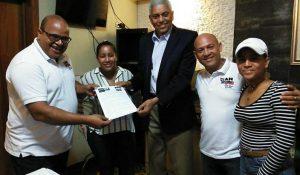 Entidad entrega al Alcalde ideas para organizar el tránsito en San Cristóbal