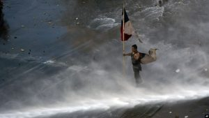 CHILE: Se mantiene el toque de queda tras otra jornada de protestas