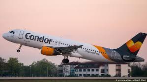 Piloto derrama café y avión aterriza de emergencia
