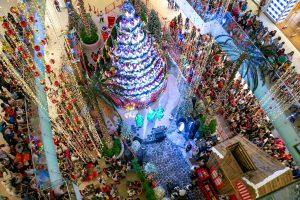 Ágora celebra magia de la Navidad con viaje virtual en trineo de Santa