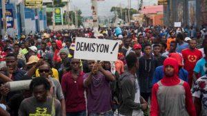 Transportistas instan a políticos a solucionar crisis de Haití