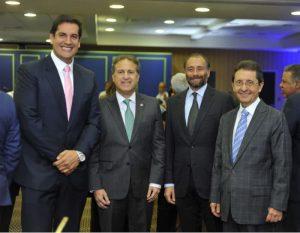 APAP celebra con ejecutivos de mediosel inicio de la Navidad