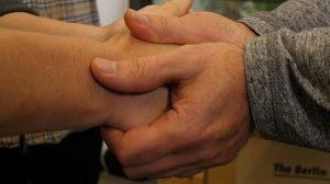 ALEMANIA: Un apretón de manos para conmemorar los 10.957 días sin Muro de Berlín