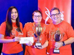 Annie Henríquez y Héctor  Sánchez campeones de Boliche Coca Cola