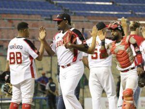 Leones, Gigantes y Toros obtienen victorias en beisbol