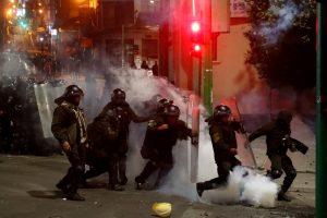 La Paz registra choques con heridos entre afines y contrarios a Evo Morales