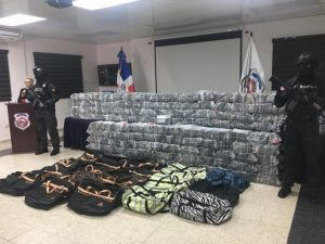 La DNCD ocupa 945 paquetes de cocaína en el Puerto Caucedo