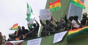 BOLIVIA: Policías se repliegan en unidad cercana a sede del Gobierno