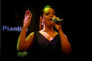 "Cantante Anlly Piantini lanza tema cristiano ""Como yo"""