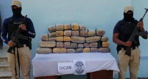 LAS MATAS DE FARFAN: Policías ocupan 193 libras de marihuana