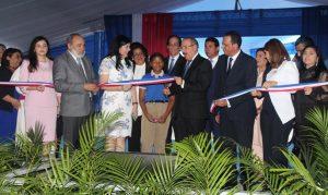 SDE: Presidente Medina entrega siete centros educativos en SDE