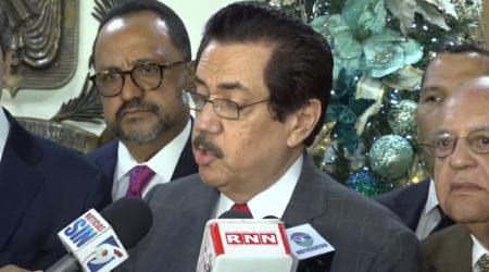 """PRM pide a la JCE impida """"activismo electoral"""" del presidente D. Medina"""