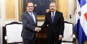 El expresidente francés François Hollande visita a Danilo Medina