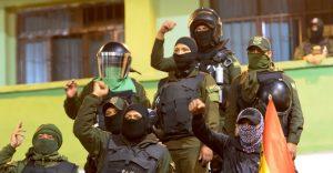 BOLIVIA: Se subleva la Policía en gran parte del país; Evo acorralado