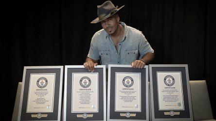 Romeo Santos logra el álbum latino de la década en Billboard