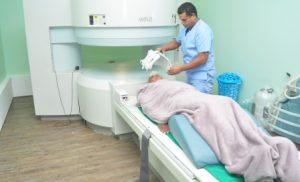 Hospital Fuerzas Armadas instala equipo de Resonancia Magnética