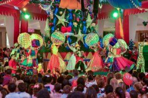 Acrópolis llena de magia la Navidad con su Christmas Circus