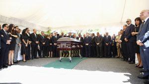 Sepultan al padre de Danilo Medina en el cementerio Cristo Redentor