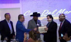 Reverendo Rubén Díaz reconoce al empresario Jorge Rodríguez