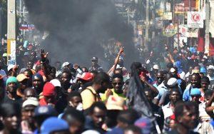 HAITI: Policías vuelven a reclamar mejores condiciones laborales