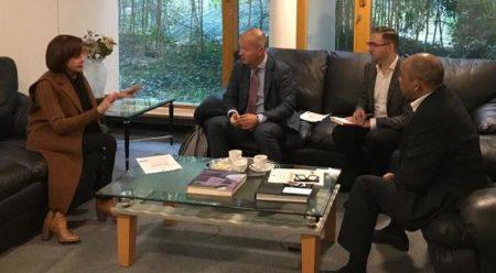 ALEMANIA: Embajadora RD se reúne con Asociación de la Industria del Cigarro