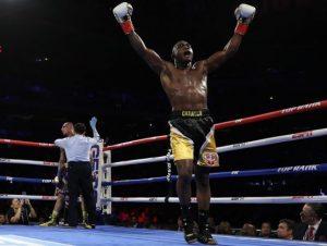 Carlos Adames peleará por título mundial mediano de boxeo