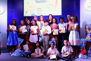 Vicepresidencia premia ganadores concurso de cuentos infantiles