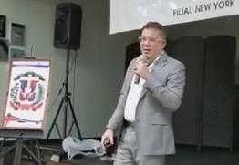 Colegio de Abogados realiza conferencia sobre símbolos patrios