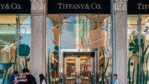 Louis Vuitton compra joyería Tiffany por 14.700 millones de euros