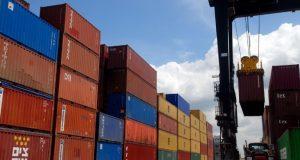 La exportación de azúcar y derivados cae un 10 % en la R.Dominicana