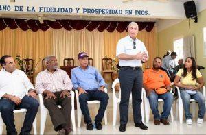 Gonzalo Castillo dice en Hato Mayor que el «éxito se alcanza trabajando»