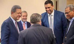 FLORIDA: Leonel encabeza encuentros con seguidores
