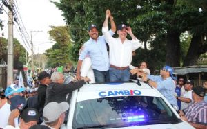 Abinader asegura Gobierno Cambio trabajará mano a mano con alcaldías