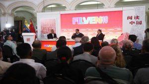 Maduro advierte que los chilenos no pararán hasta lograr camino propio