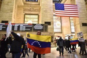 Venezolanos en Nueva York apoyan llamado a protesta
