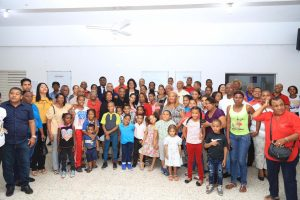 Senadora Cristina Lizardo dice sociedad demanda de familias unidas