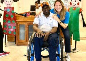 La Fundación Walkabout realiza donativo de 150 sillas de ruedas