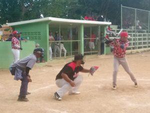 Definen equipos torneo softbol de San Cristóbal