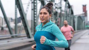 Beneficia a la salud caminar o correr aunque sea una vez a la semana