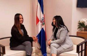 CALIFORNIA: Zoé Saldaña visita consulado dominicano