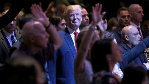 Grupos religiosos en Estados Unidos cierran filas con el presidente Trump
