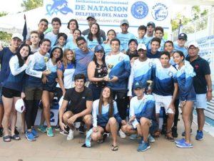 Delfines del Naco campeones Internacional de Natación