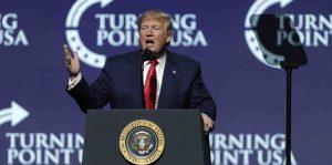 Trump dice que el juicio político ha disparado su nivel de popularidad